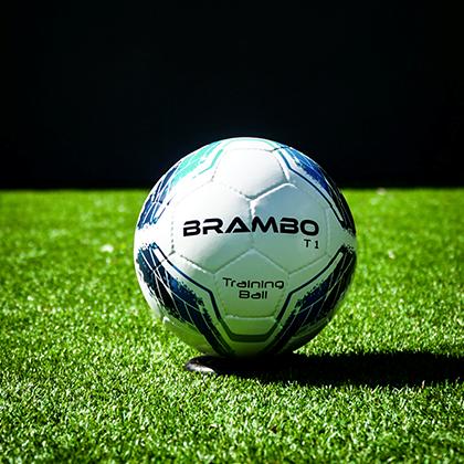 BRAMBO: een bijzondere voetbal..