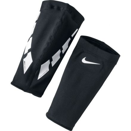 NIKE Elite Guard Lock
